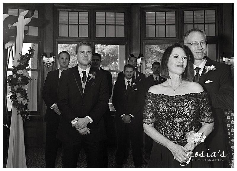 Appleton-wedding-photographer-Gosias-Photography-Milwaukee-ceremony-reception-Riverview-Gardens-_0012.jpg