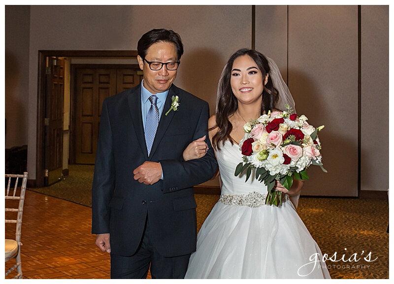 Appleton-wedding-photographer-Gosias-Photography-Milwaukee-ceremony-reception-Riverview-Gardens-_0013.jpg