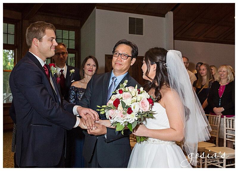 Appleton-wedding-photographer-Gosias-Photography-Milwaukee-ceremony-reception-Riverview-Gardens-_0014.jpg