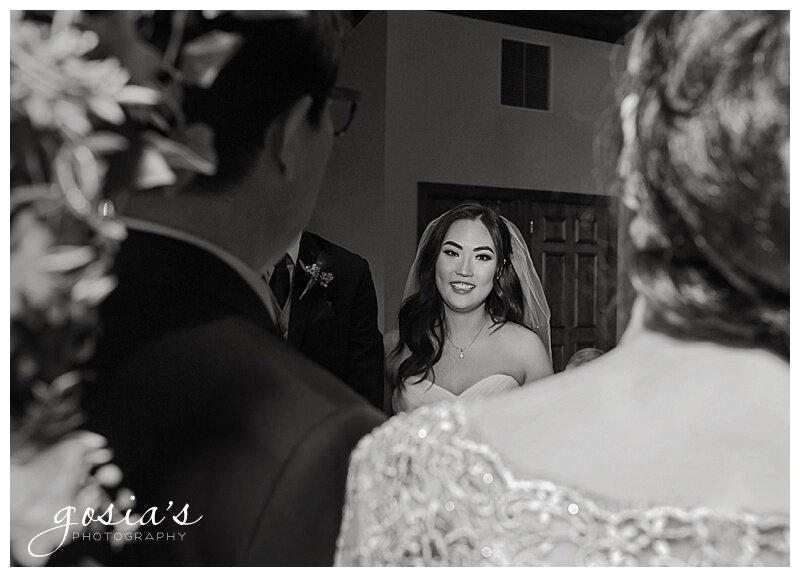 Appleton-wedding-photographer-Gosias-Photography-Milwaukee-ceremony-reception-Riverview-Gardens-_0016.jpg