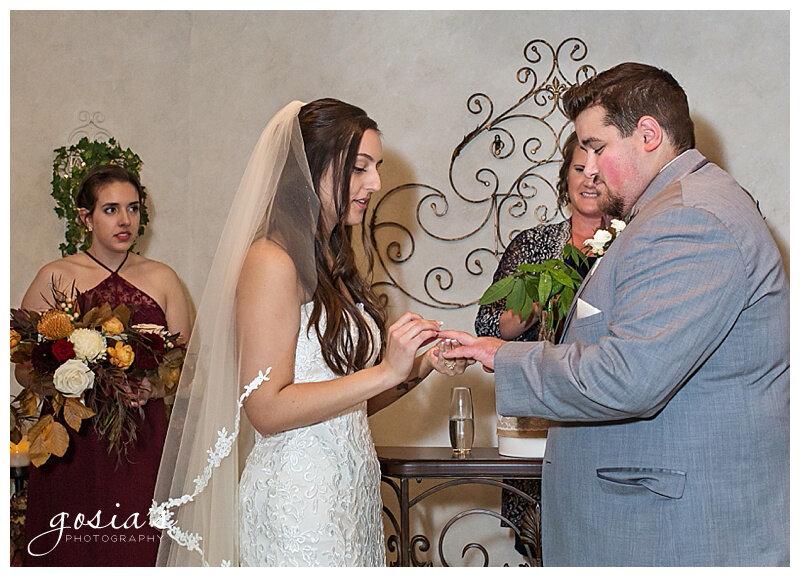 Appleton-wedding-photographer-Gosias-Photography-Country-Chapel-ceremony-Neenah-reception-_0012.jpg