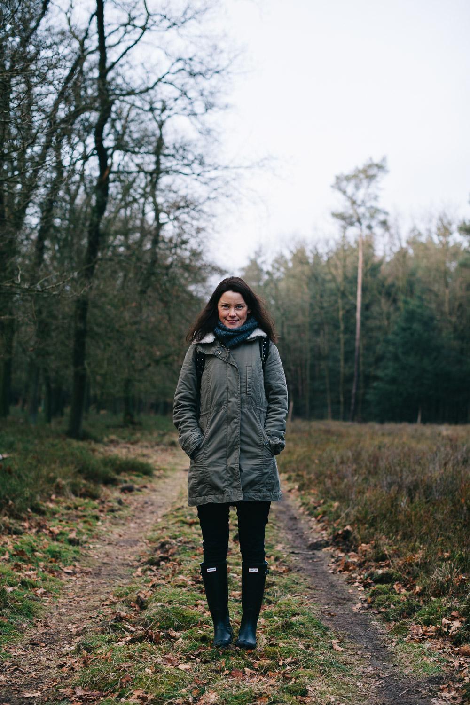 Joyce-de-Lange-on-a-hazy-morning-visual-storytelling-photography-fotografie-photographer-fotograaf-amsterdam-the-Netherlands-Cover-woods-bos-forest.jpg
