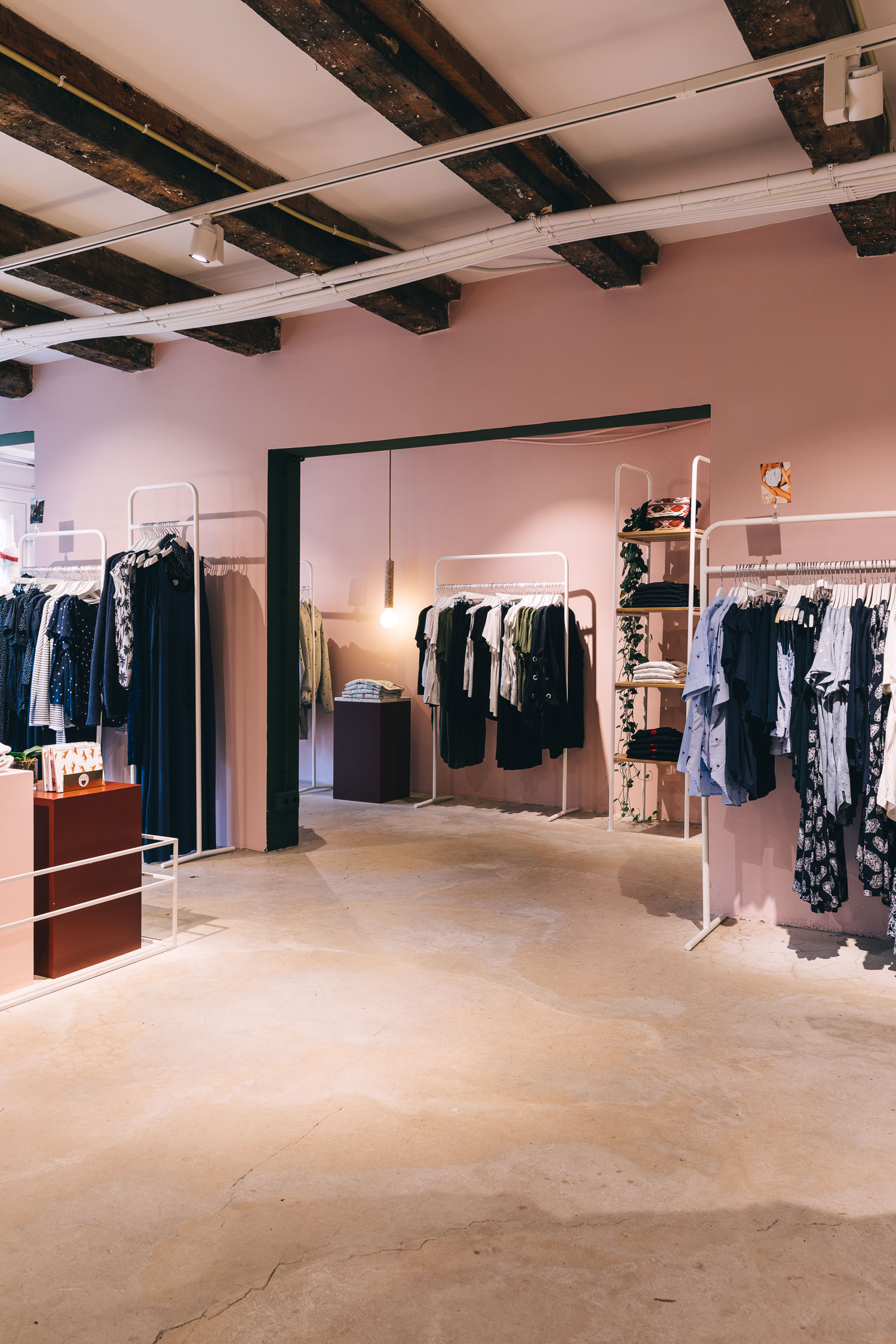 Catwalk_Junkie_Interior_store_Amsterdam_photography_by_On_a_hazy_morning001.jpg