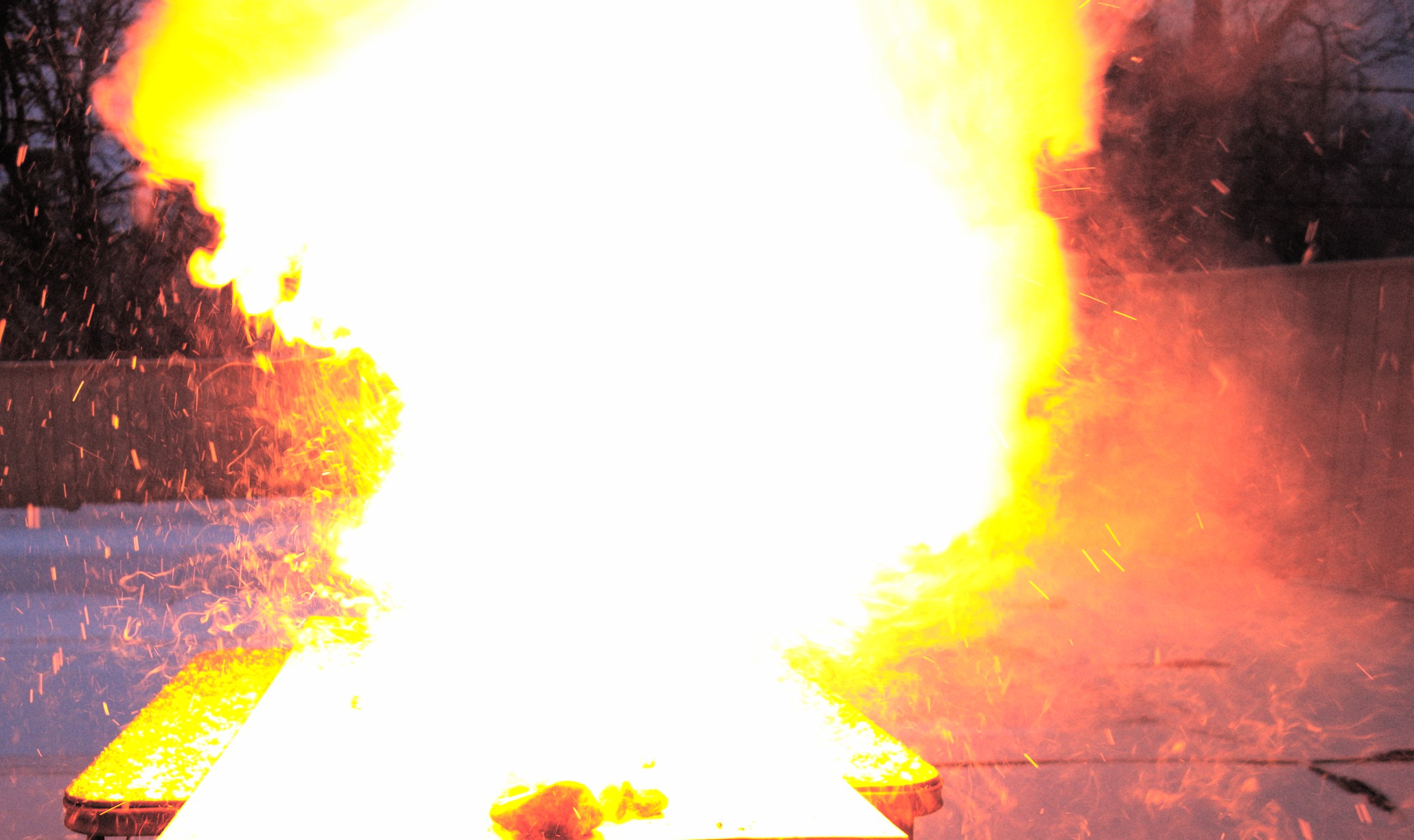 Explosion CB2 Yellow.jpg