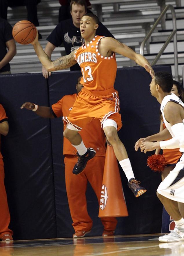 utep-rice-basketball.jpg