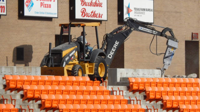 Look guys, new seats!