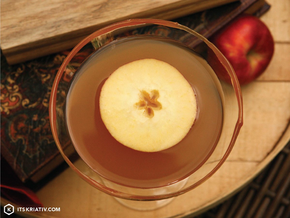 Oct_13_Food-Apple-Caramel-Martini-01a-06.jpg