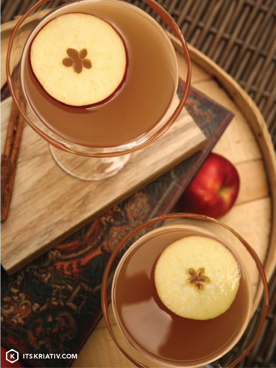 Oct_13_Food-Apple-Caramel-Martini-01a-07.jpg