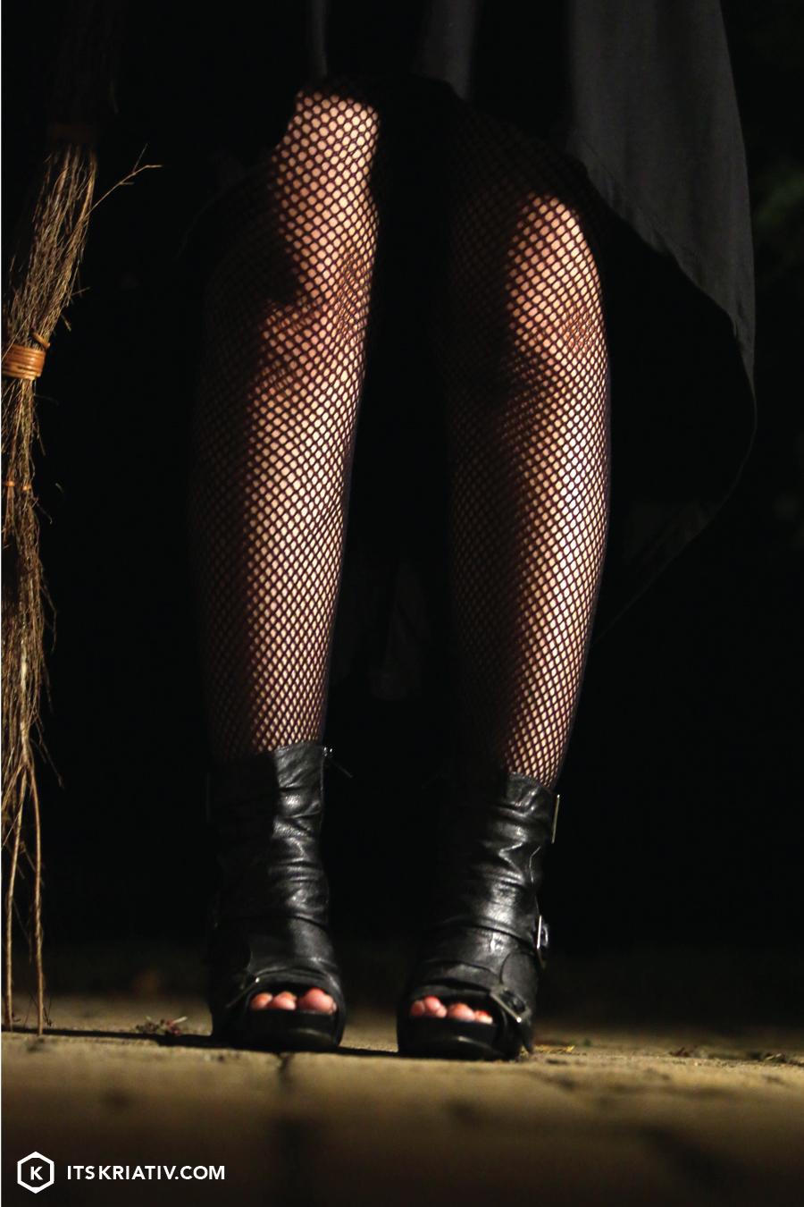 Oct_13_Fashion-Halloween-Witch-01a-05.jpg