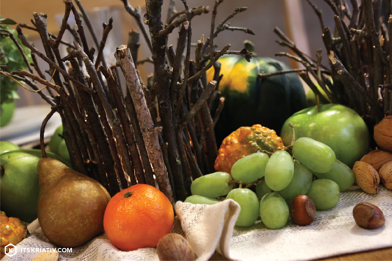13_Nov_Decor-Thanksgiving-Centerpiece-06.jpg