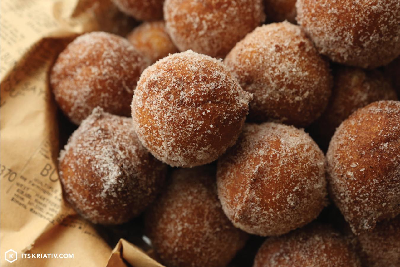 ItsKriativ_Food_Zeppole_Cinnamon_Sugar-08.jpg