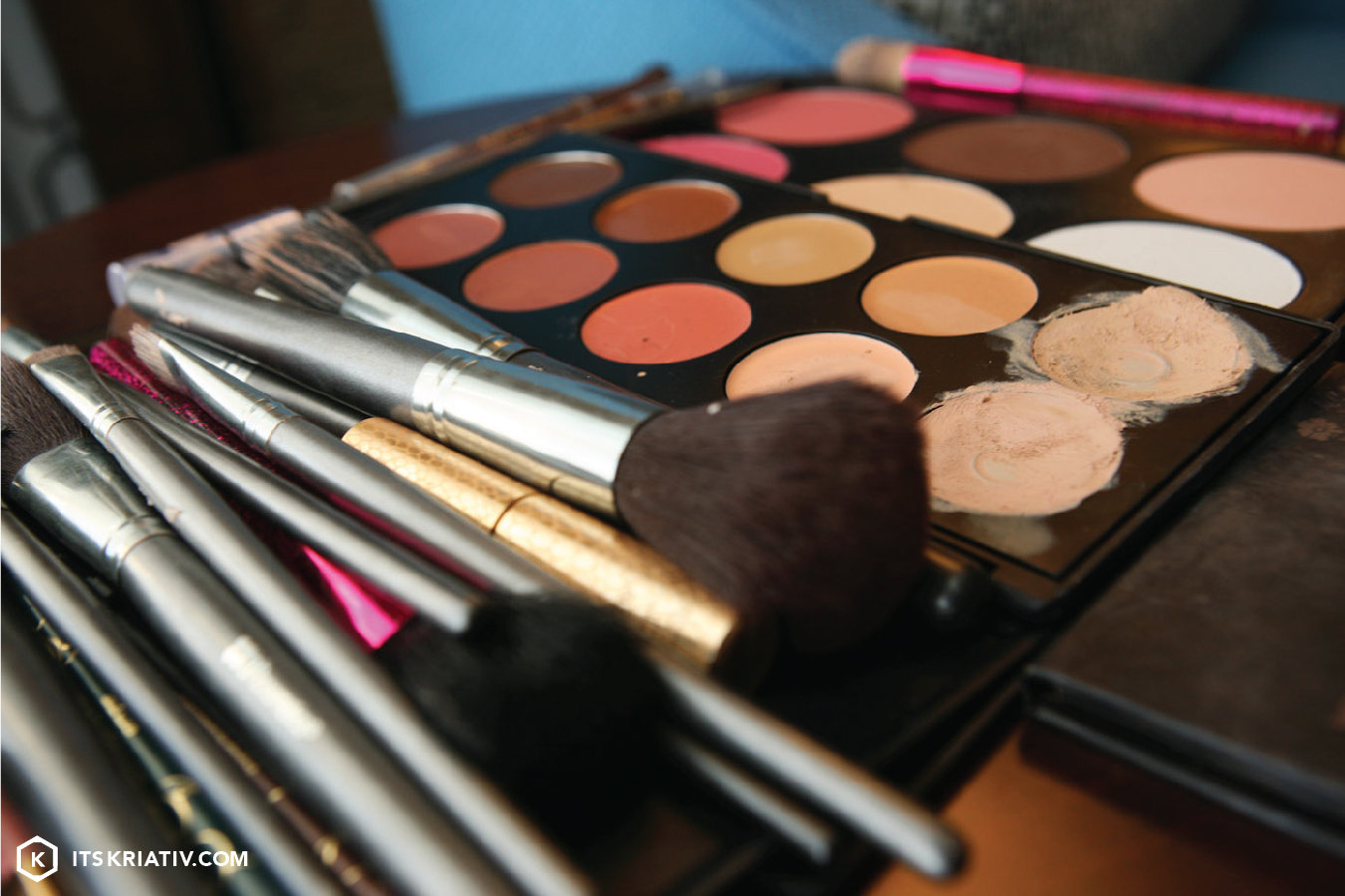 Its_Kriativ_Fashion_Make-Up_Fun.jpg