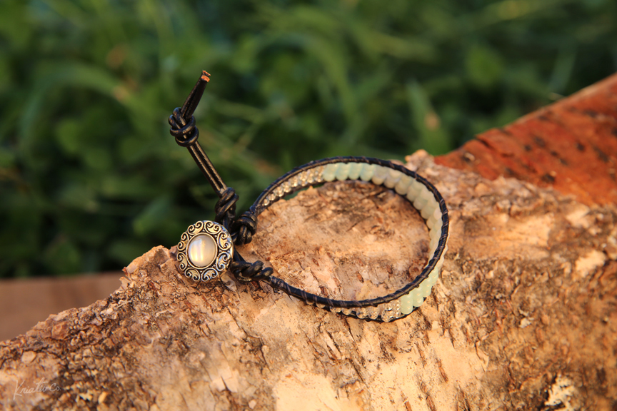 Kriativ_Co_Commercial_Photography_Linn_Dian_Handmade_Jewelry_Connecticut_11.jpg