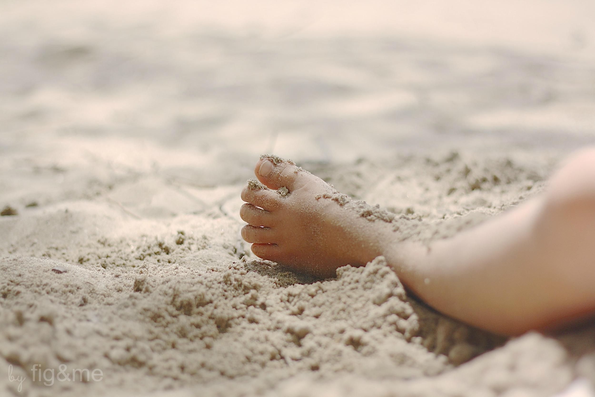 her-foot-figandme.jpg