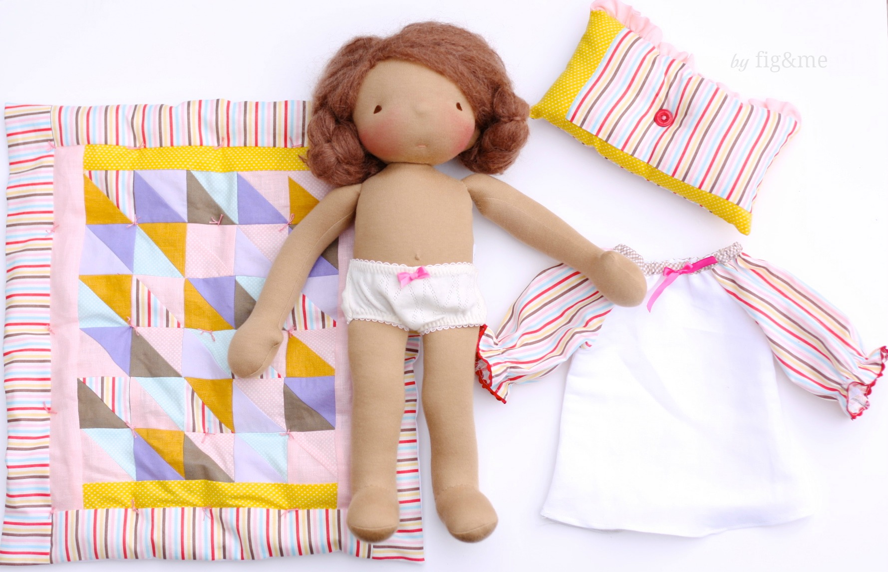 Carlotta and her bedding set, by fig and me.