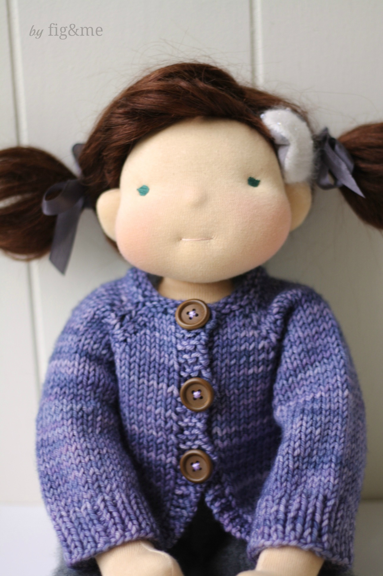 Plum Pudding knitting pattern by Fig and me.