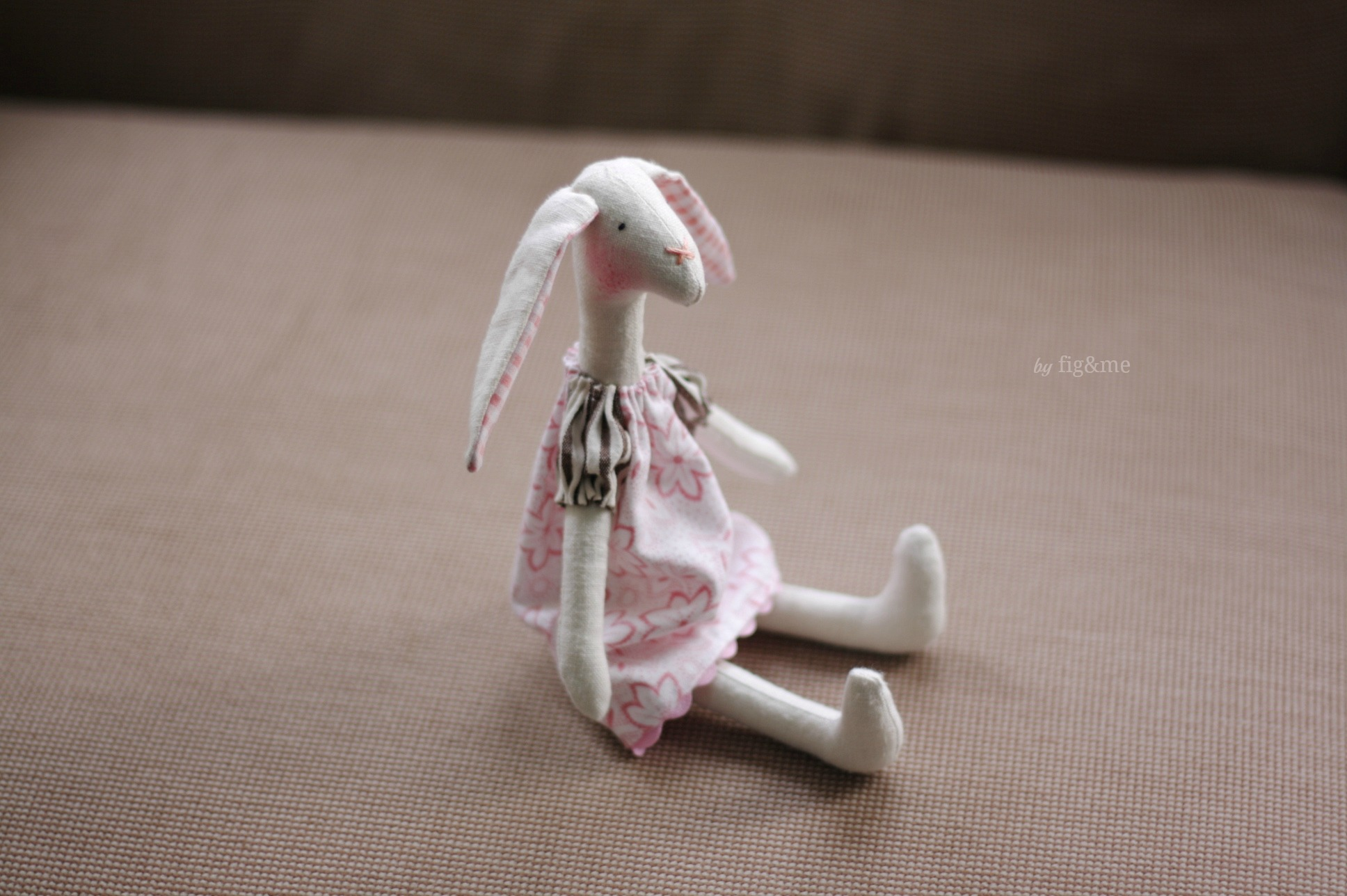 Mrs Wabbit, by Fig&me