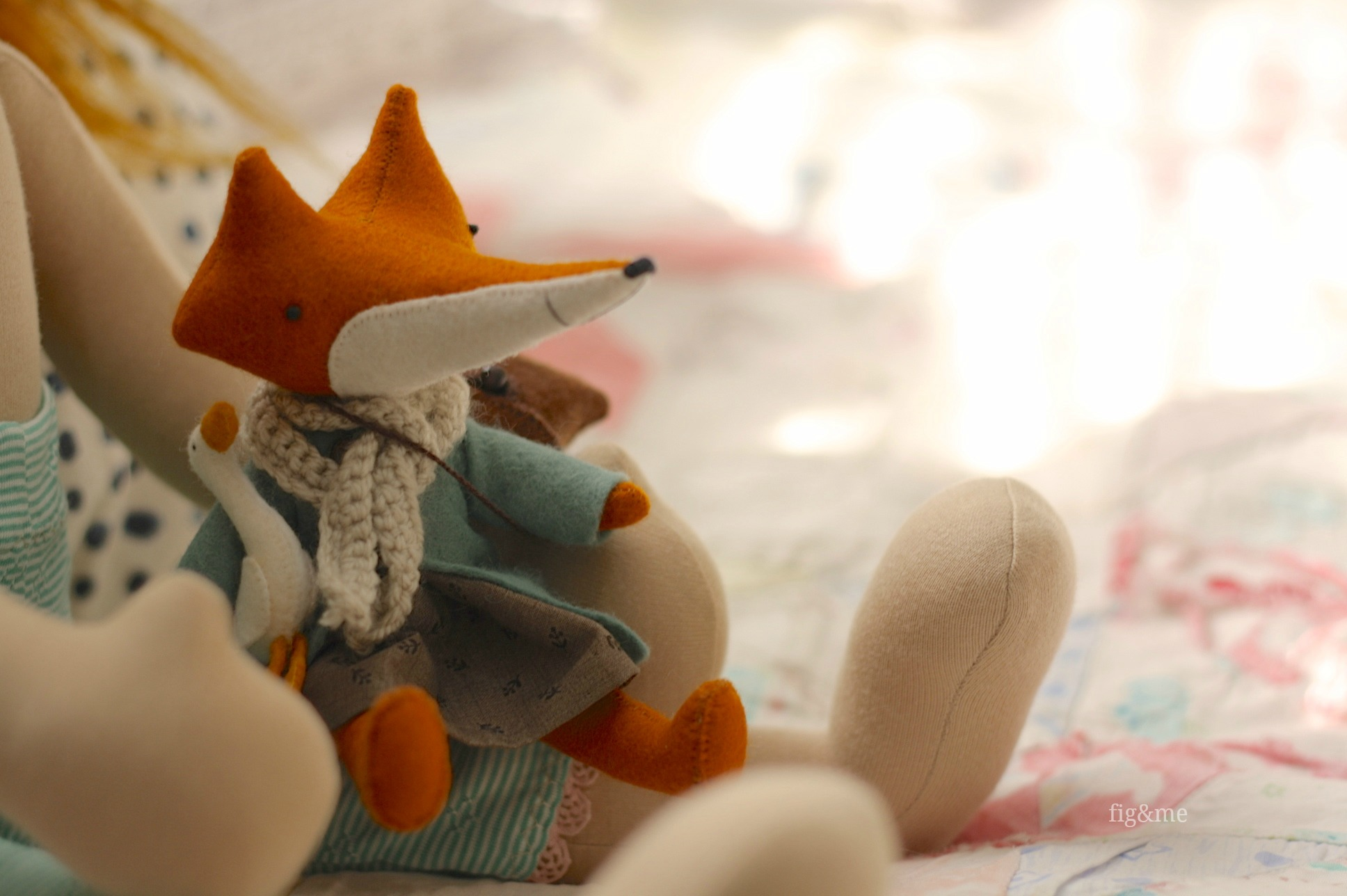 Miss Flora and Humphrey, toys made by Manomine (via Fig&me)