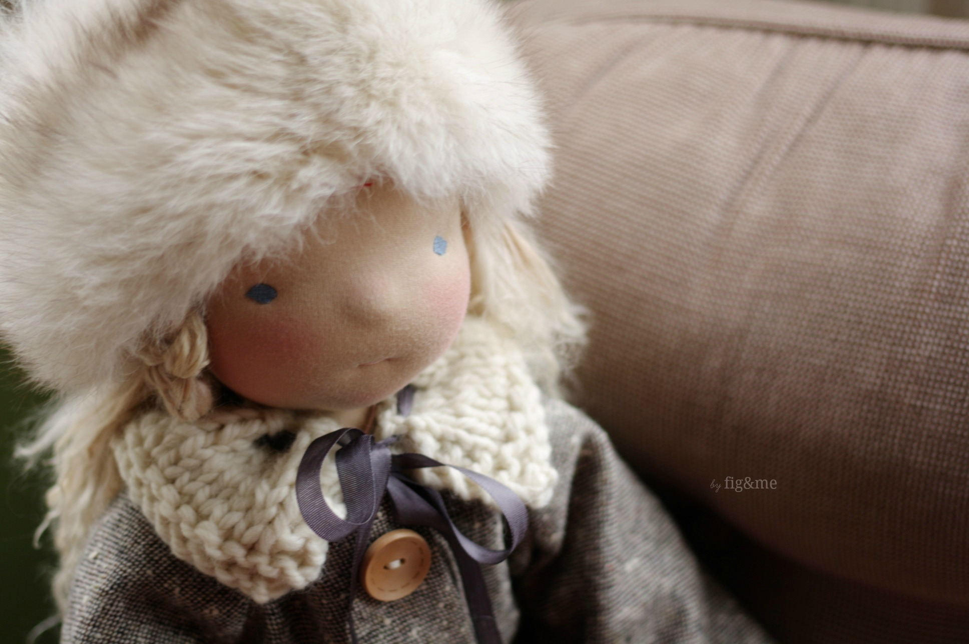 Beatrice in Winter regalia, by Fig&me