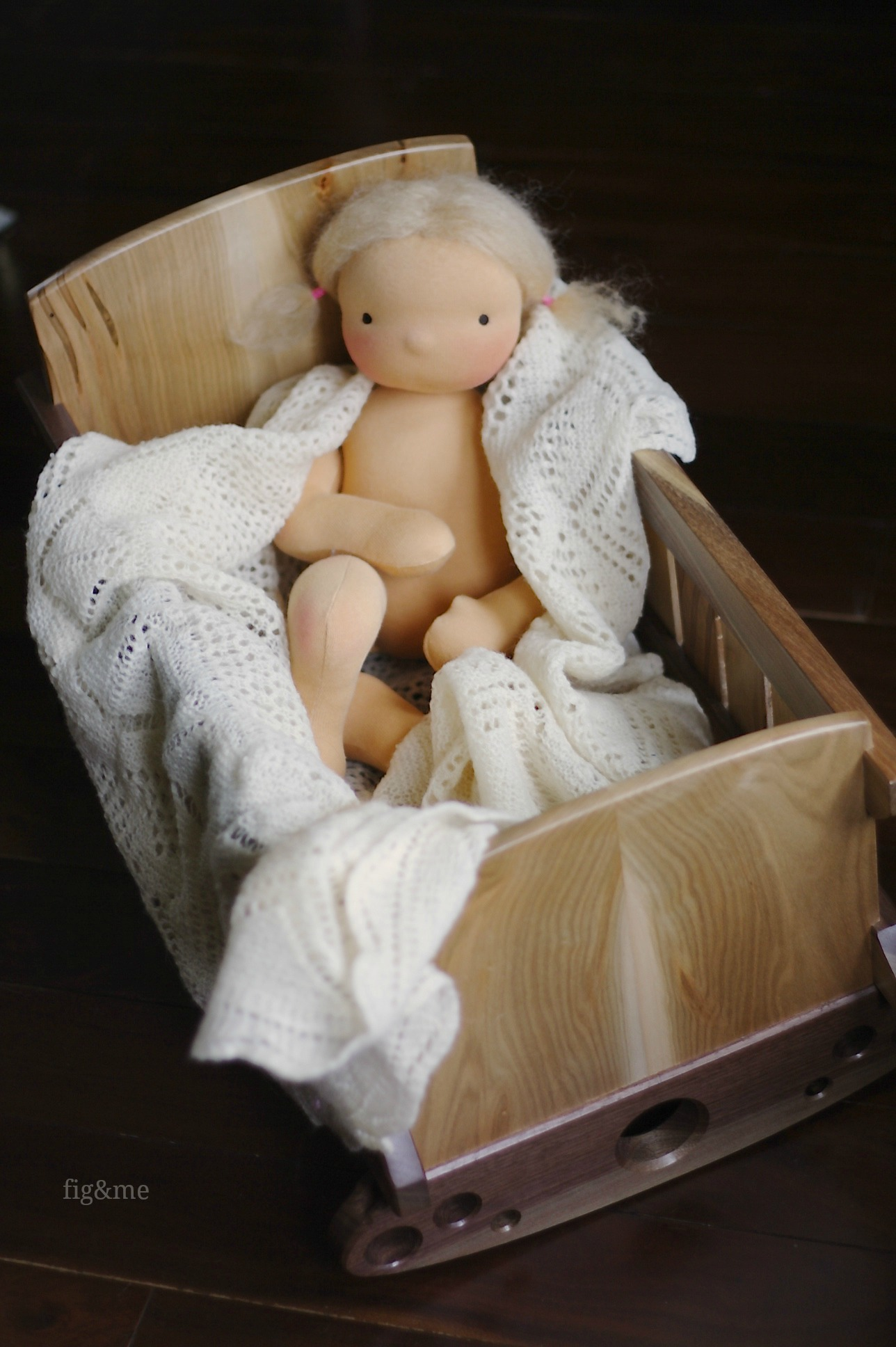 Walnut and ambrosia maple doll crib, by Fig&me
