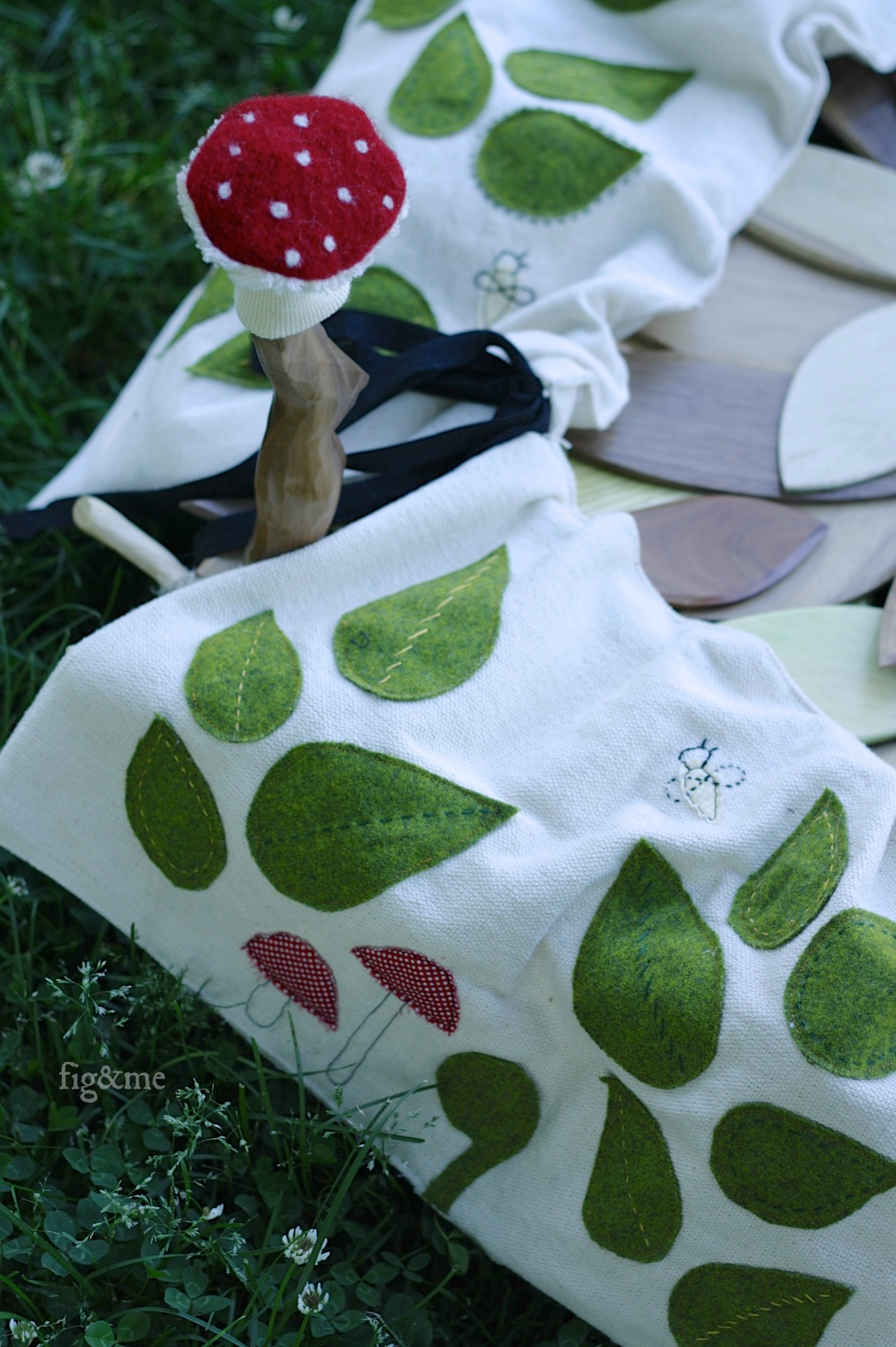 Appliqued leaves, mushrooms and chenille too! by Fig&me