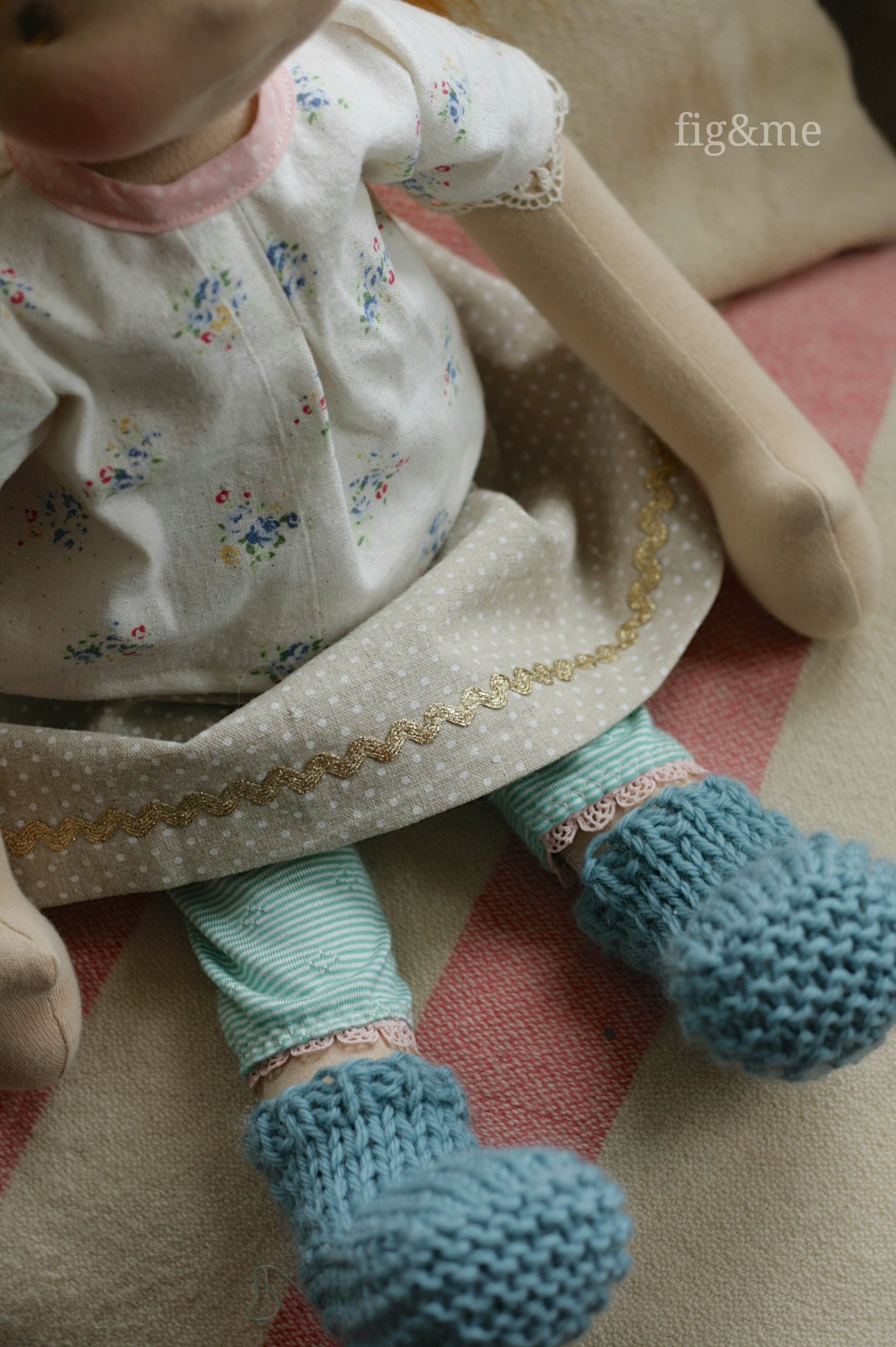 Knitting pattern for Sock Booties, by Fig and Me.