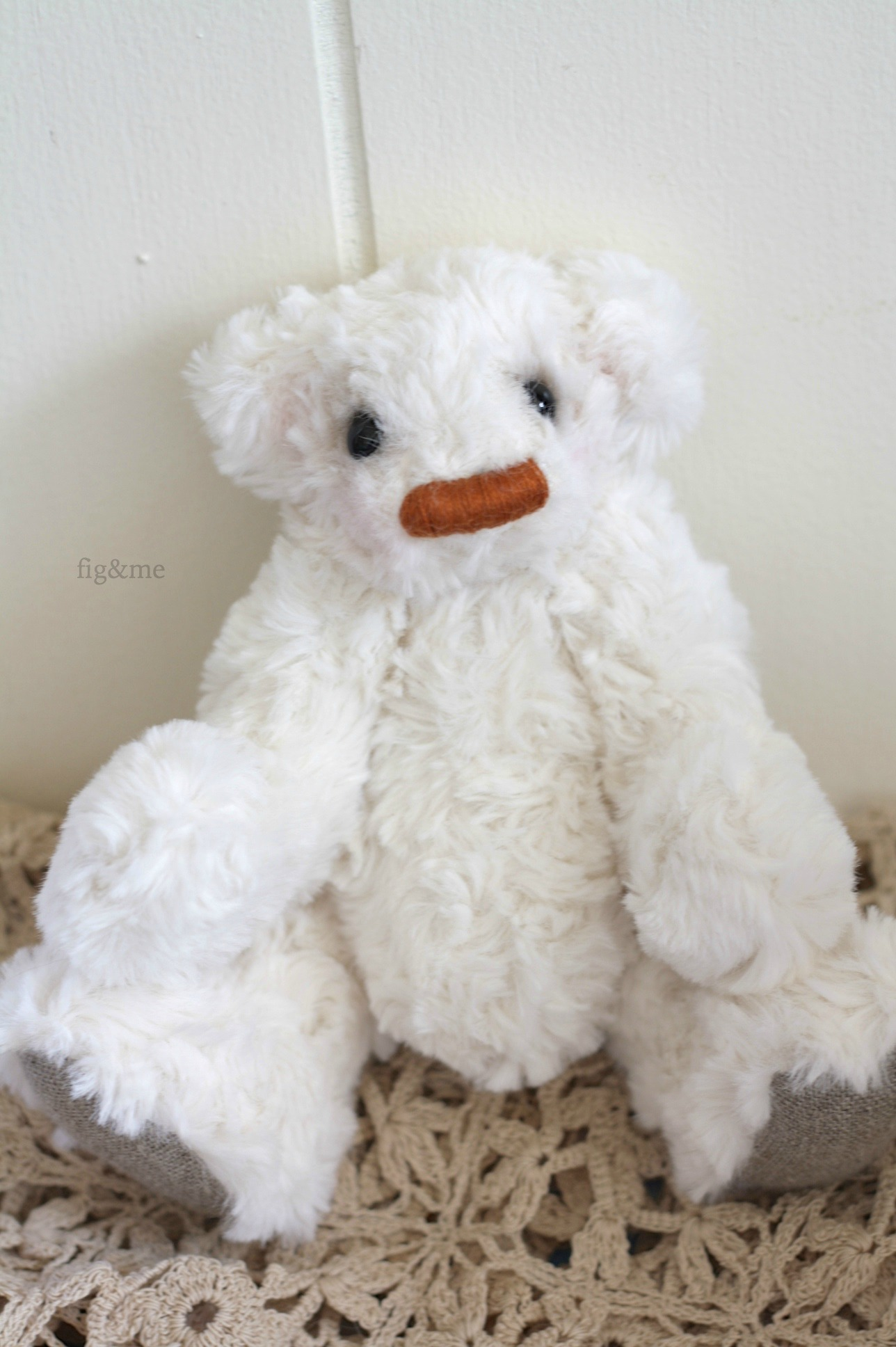 Little Tip, a jointed teddy bear by Fig and Me.