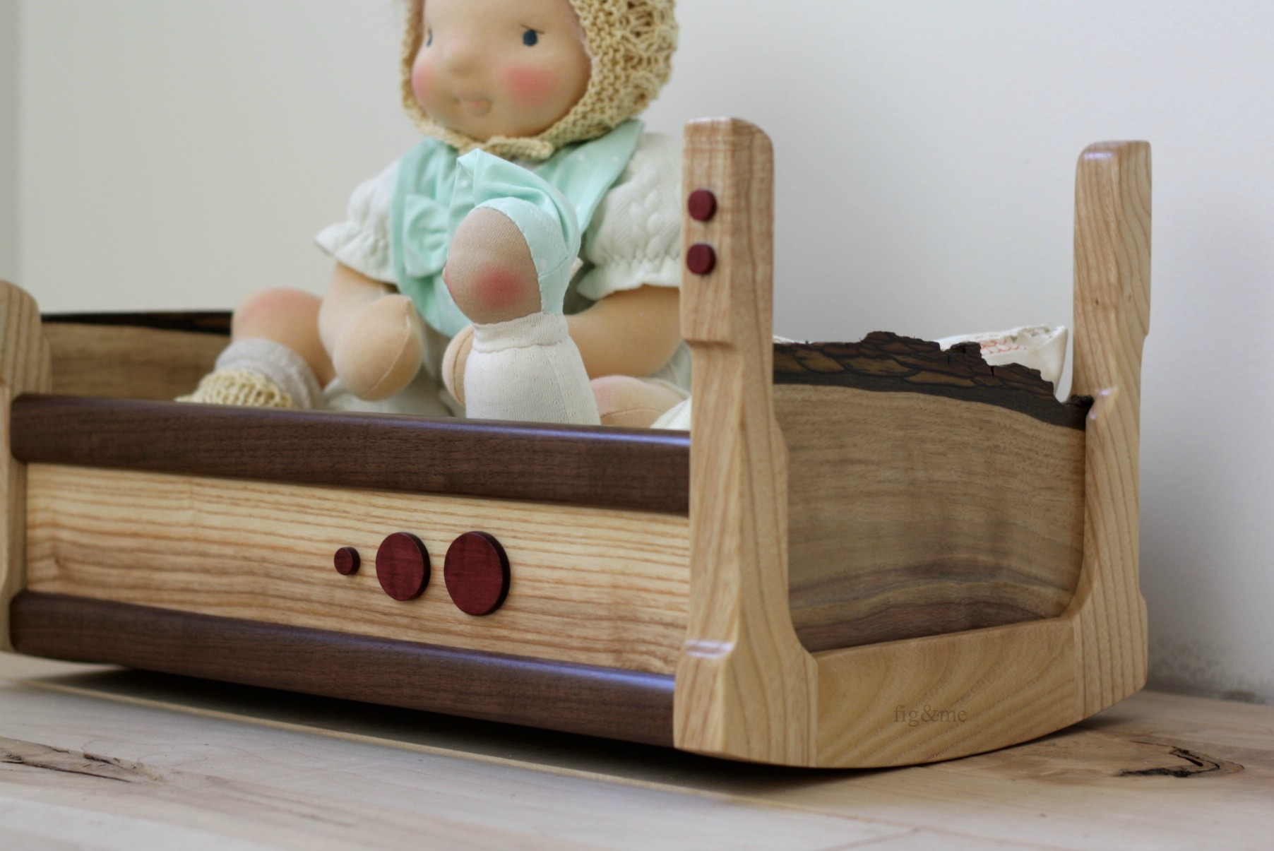 Beautiful Purple-heartdetails on her wooden cradle, by Fig and me