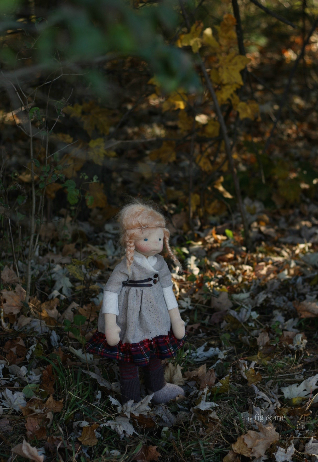 Iona, a natural fiber art doll by Fig and me. Inspired by Scotland and its gaelic music.