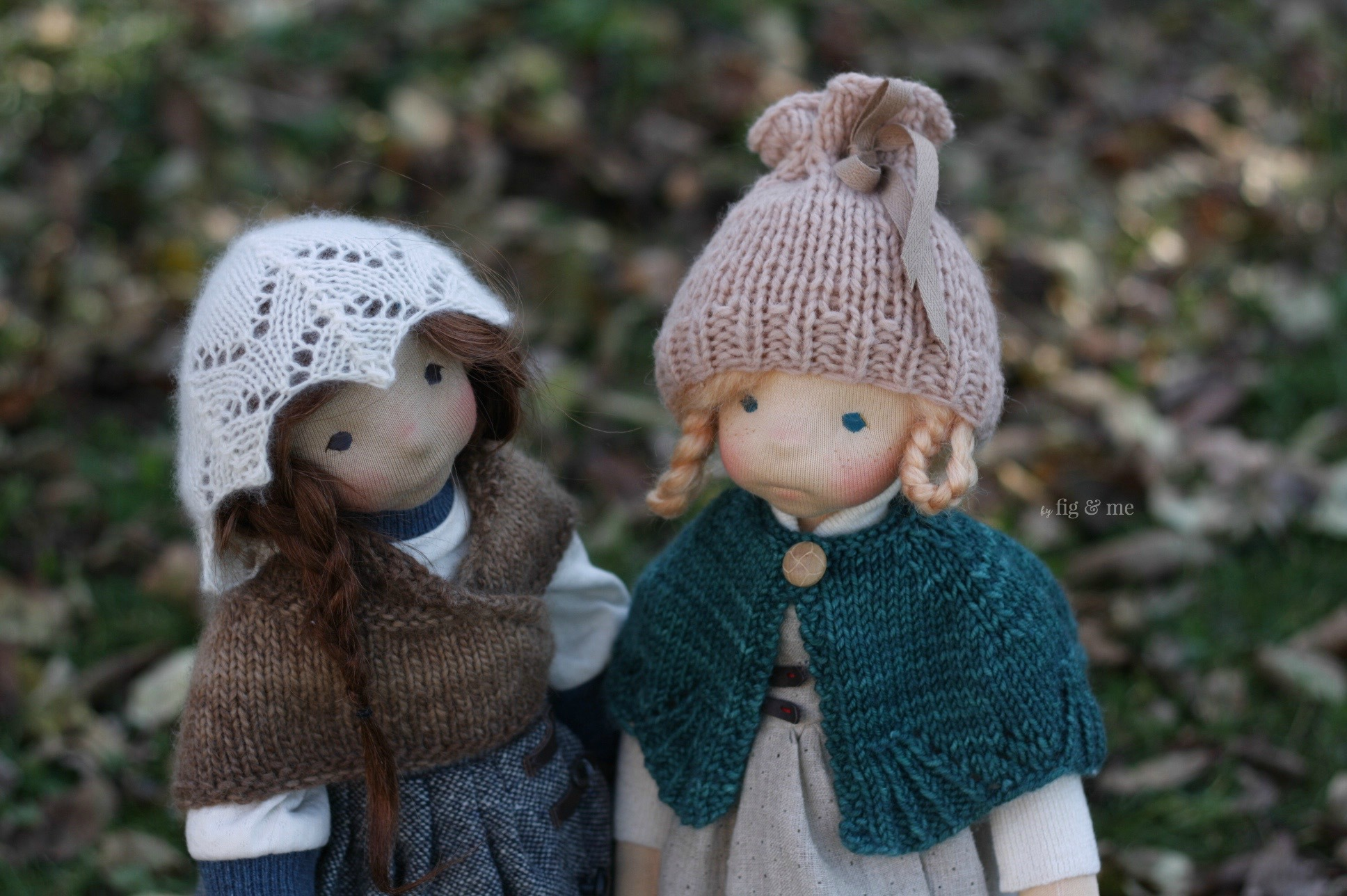 Skye and Iona, two natural fiber art dolls inspired by Scotland, via Fig and me.