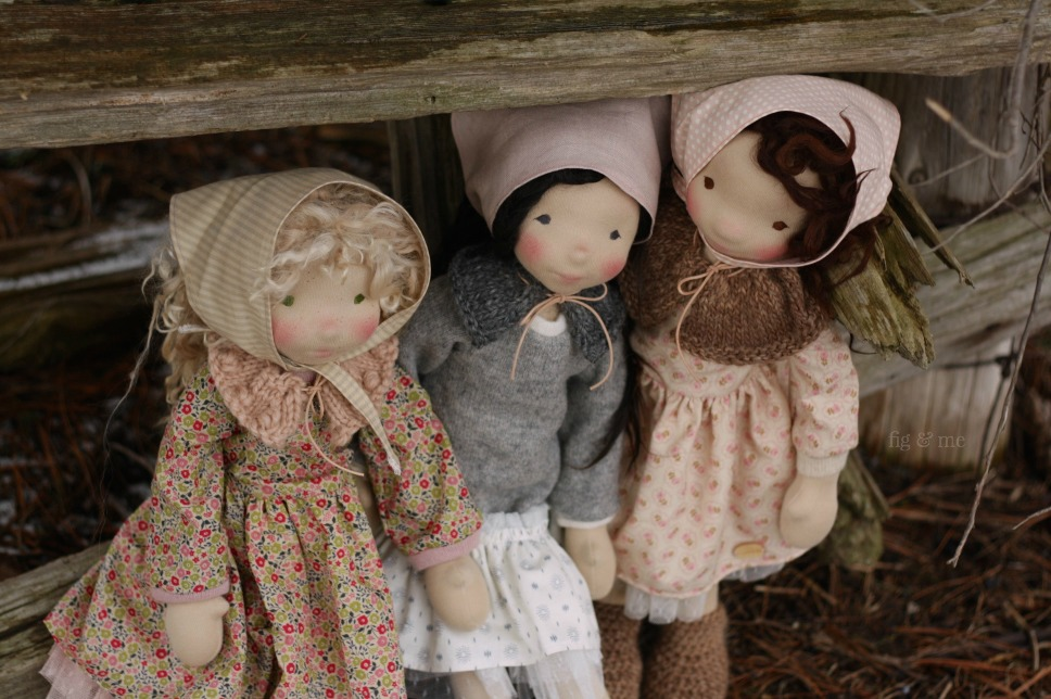 The three nature helpers, three natural fiber art dolls by Fig and Me.