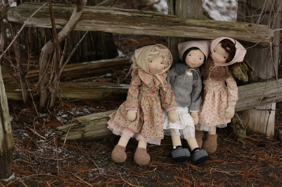 Sisley, Kasumi and Oona: three natural fiber art dolls by Fig and Me.