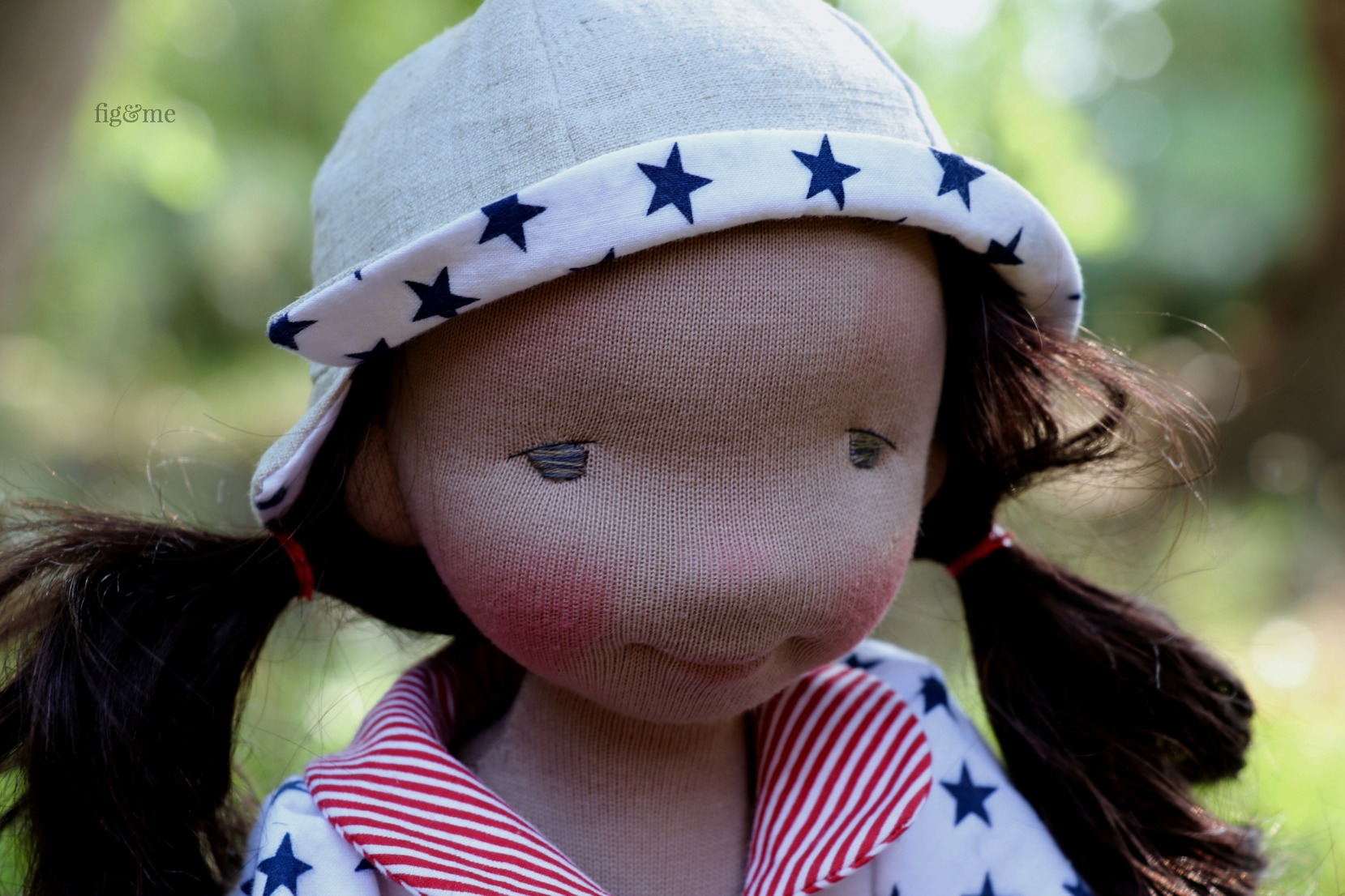 Eileen, a contemporary art doll by Fig and Me. Sculpted in wool and made of love and memories.