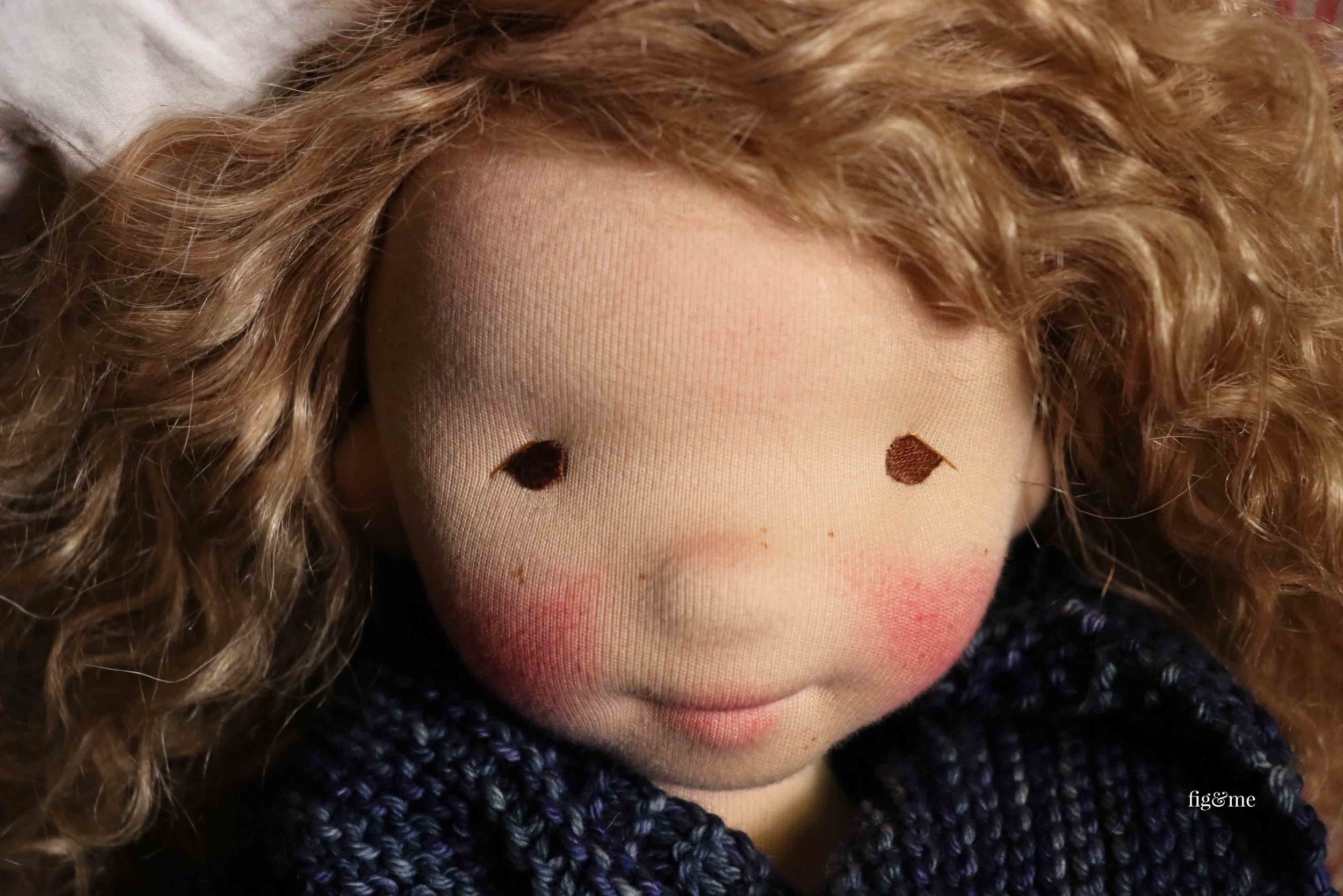 Little Thora, a natural fiber art doll by Fig and Me. Figlette style. #dollmaking #artdoll