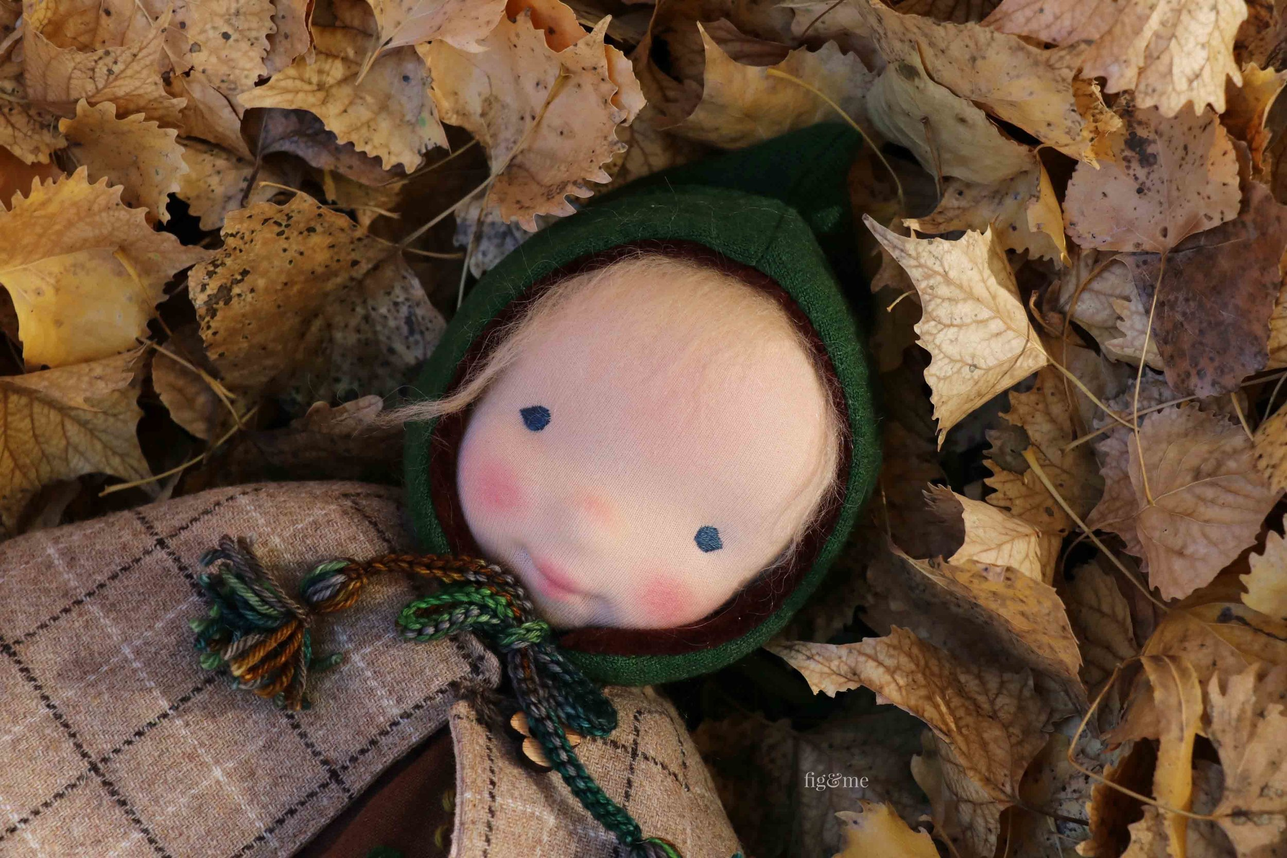Aelfreda wearing her elfish merino/velour hat with hand-dyed wool ties. By Fig and Me. #dollmaking #sewingfordolls
