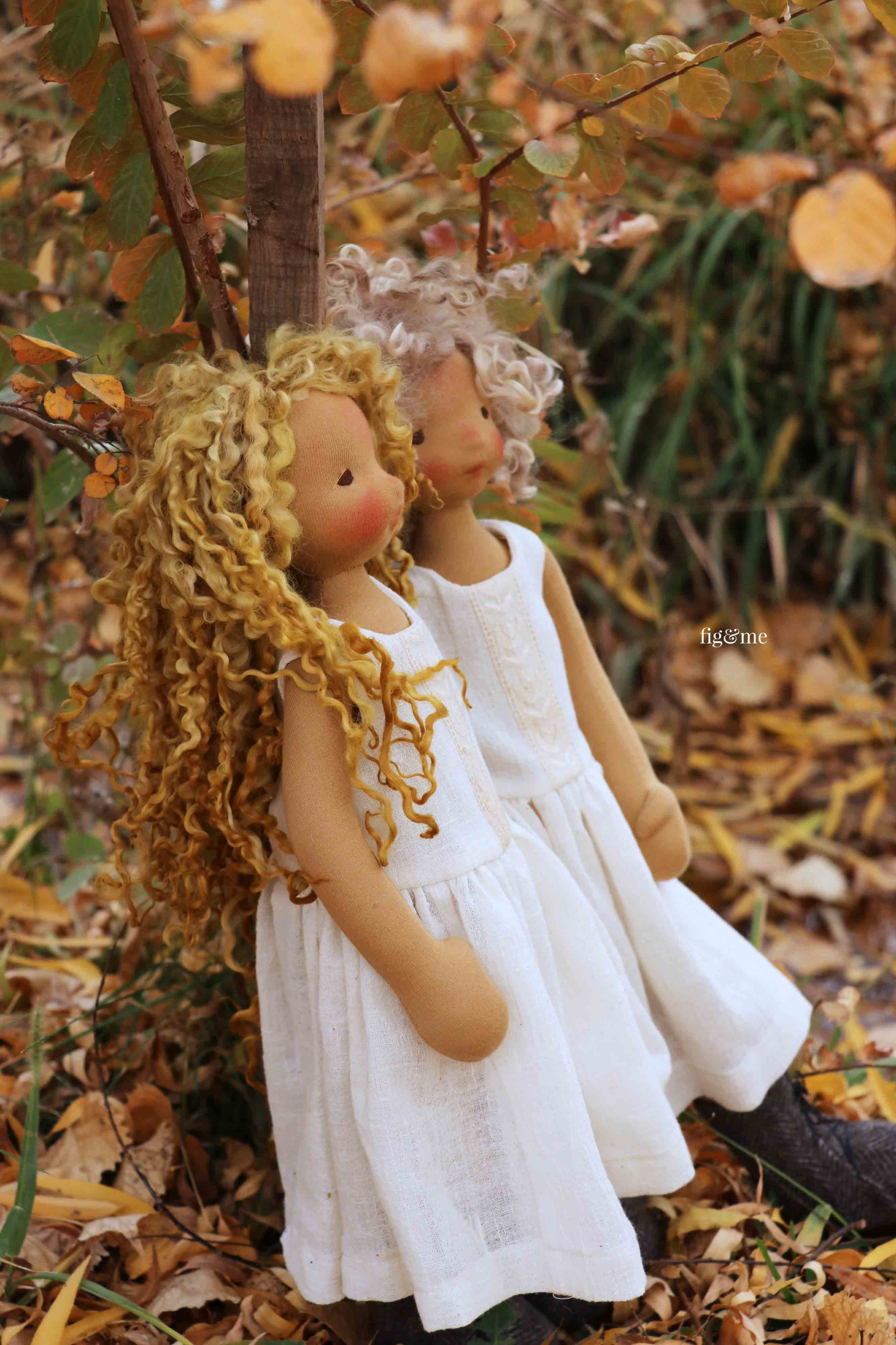 Mori and Winter, art dolls in the garden, by fig and me.