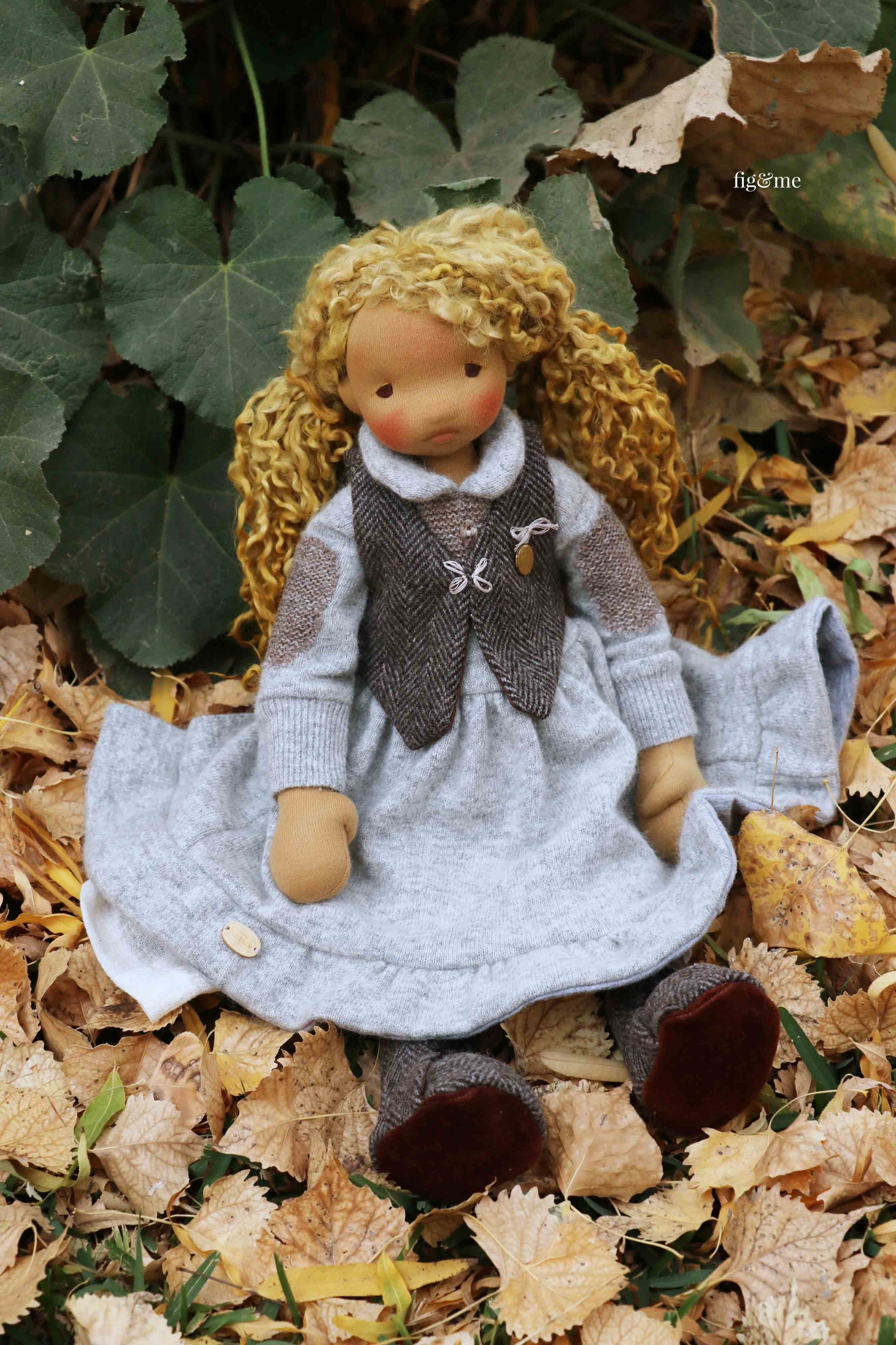 Mori, a natural cloth art doll by Fig and me. #dollmaking #clothdolls #sewingfordolls