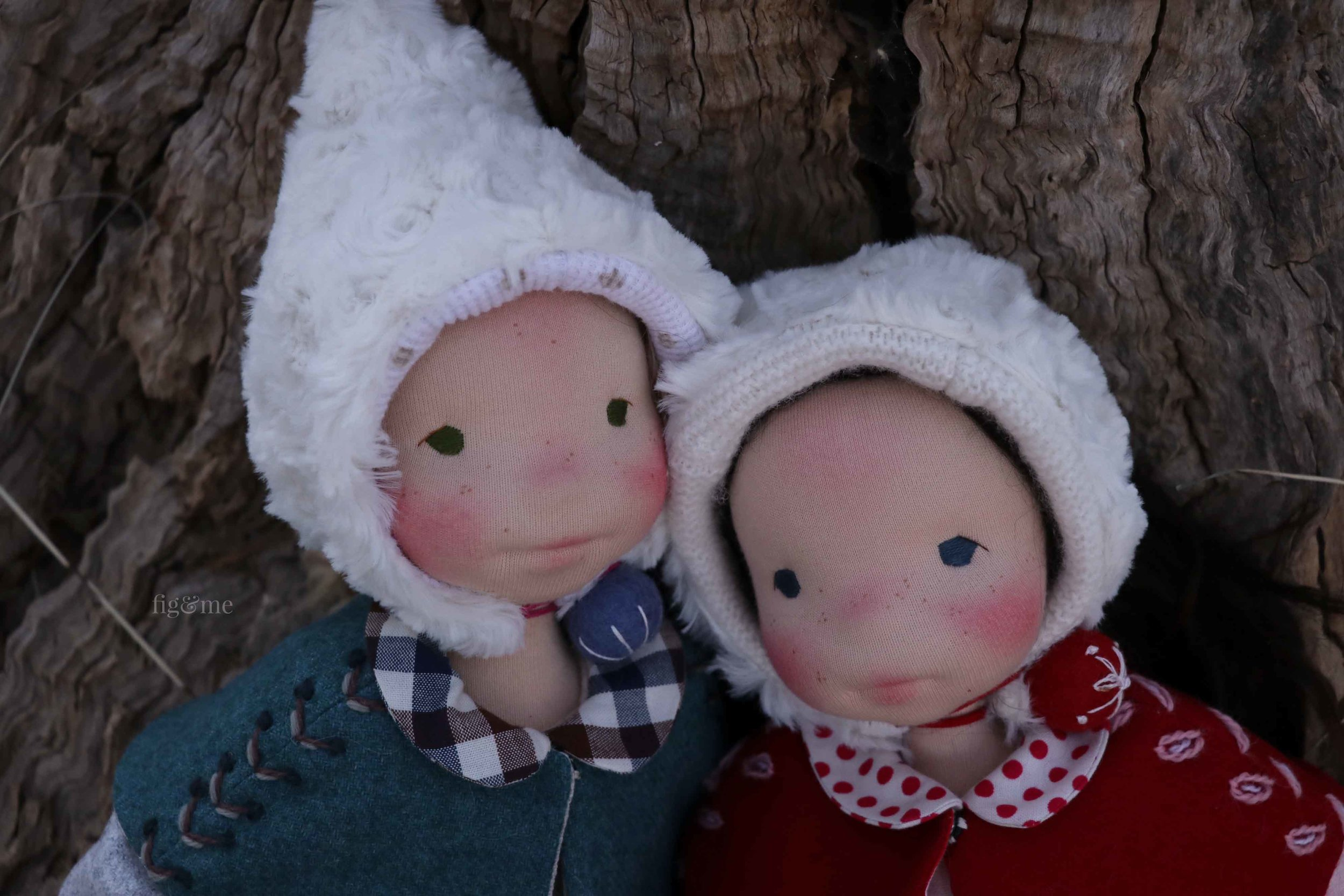 Snow White and Rose Red, two Petite Figs by Fig and Me.