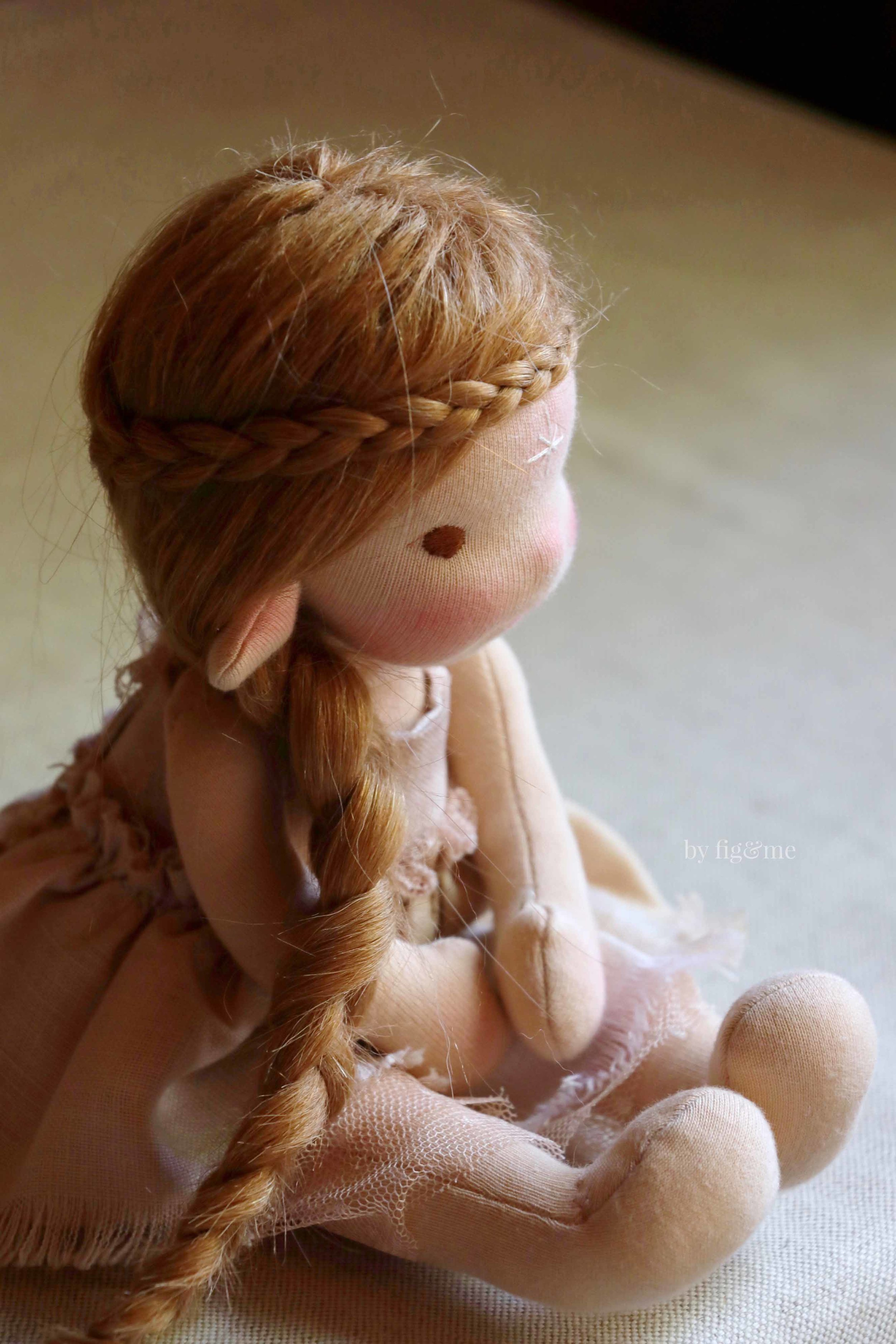 Learn how to make a fairy doll with Fig and Me. Online doll class for October 2018.