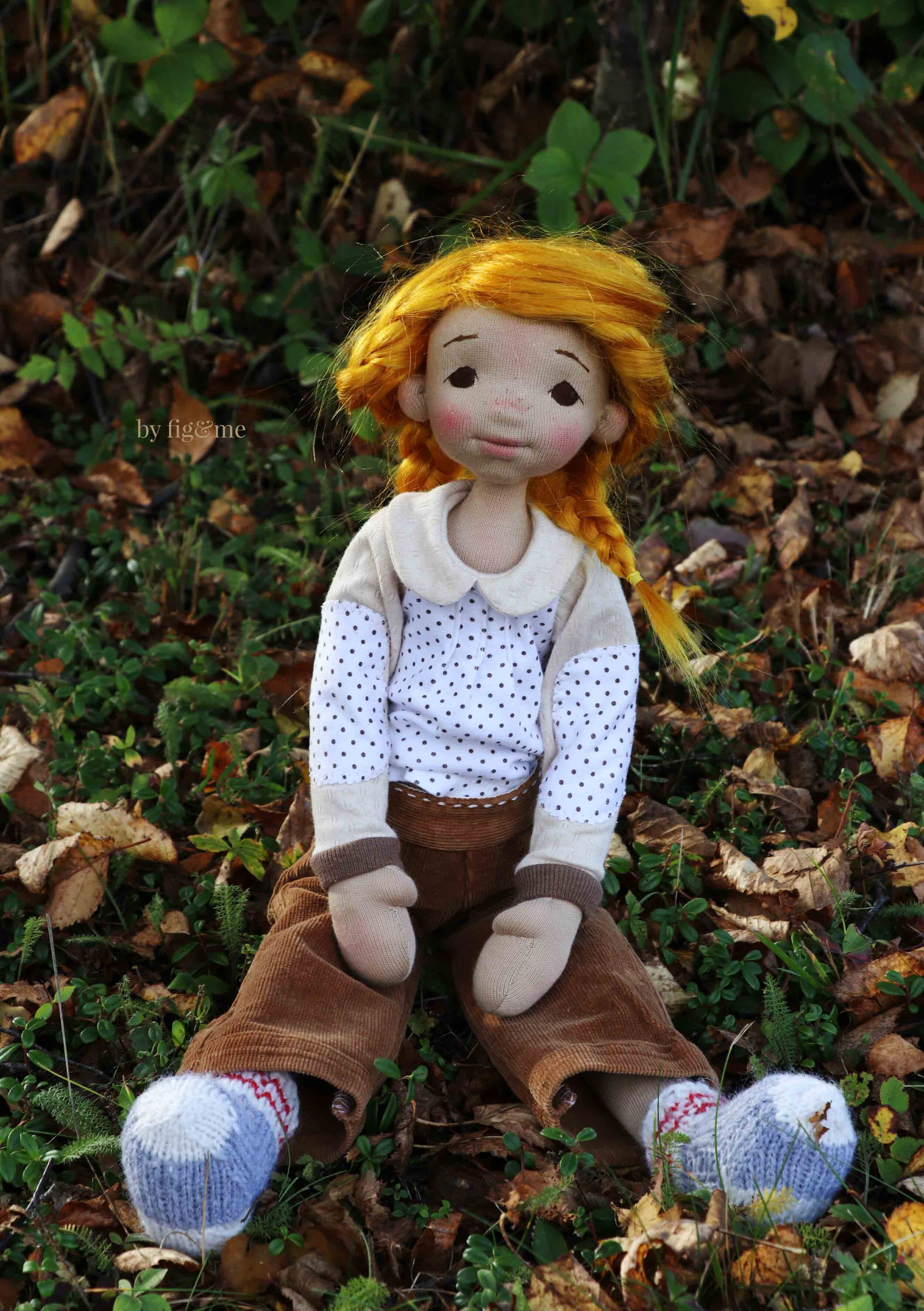 Winona wearing her corduroy pants, her shirt tucked in and her stolen socks, art doll by fig and me