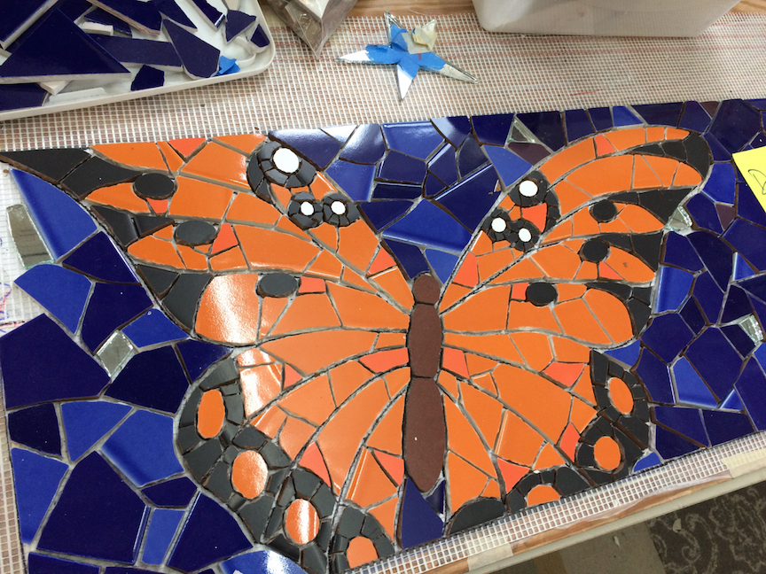 Butterly mostly set by artist Jesse Medina who is on his way to a concert right now. Lucky guy
