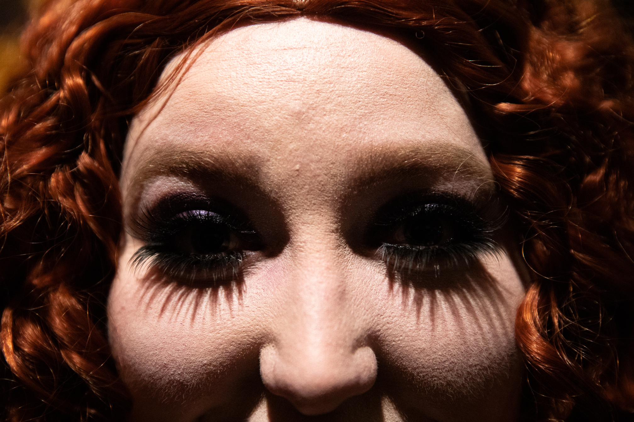 Nina Loschiavo explains that the character of Magenta has the most striking eyelashes in the film. The cast's goal is to be screen-accurate, so she wears fake eyelashes to mimic Magenta's in the movie.