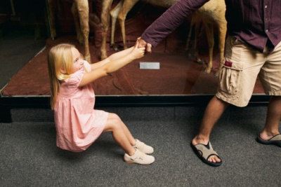 It shouldn't matter if the museum is closing, don't rush this moment! (photo from dagens.dk)