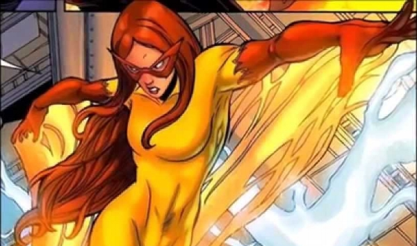 I confess the entirely yellow version of the costume might not work great on-screen. (youtube.com)