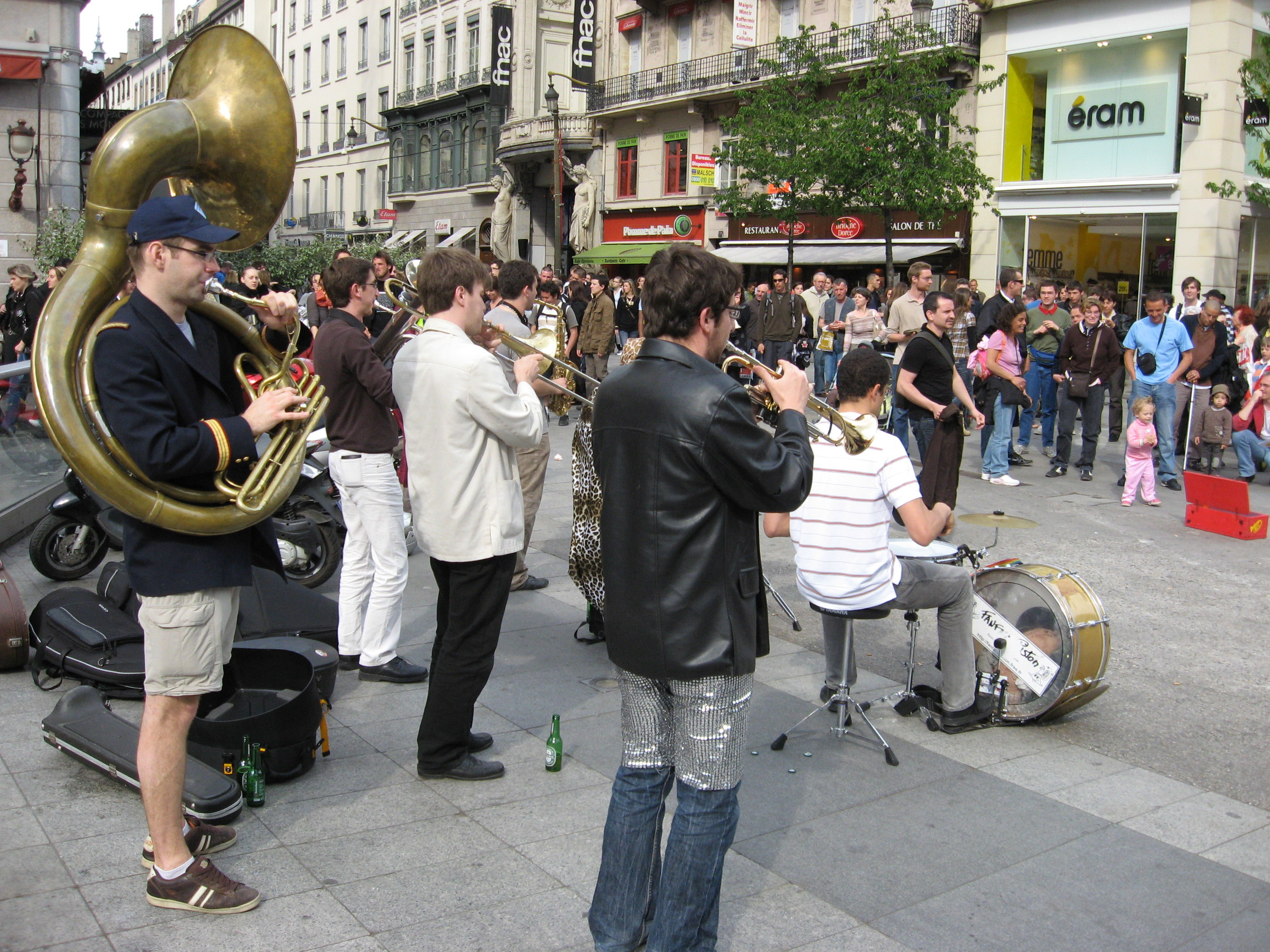 Great streets are full of surprises. We found this band busking late one afternoon and you could just feel everyone stop and enjoy the moment.