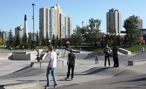 Shaw Millennium Park was one of the first major skate parks in the world. It is located at the western edge of downtown. This is a old picture, today there is an elevated LRT line that goes above the park giving it a even more urban and edgy sense of place.