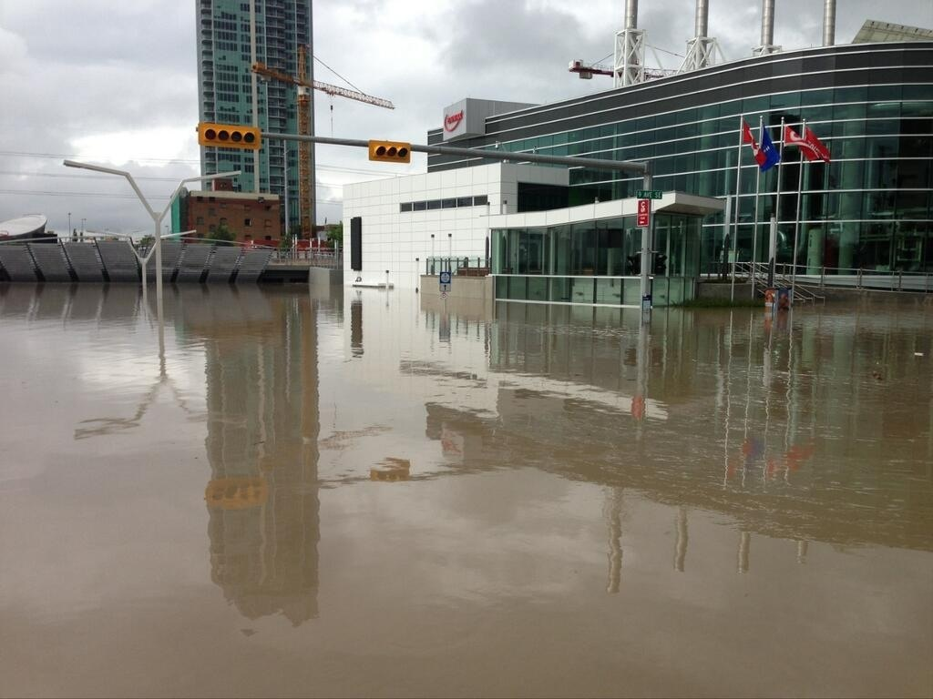 New 4th Street SE underpass flooded. Water must be 10 meters deep. Luckily it was designed to flood. Kudos to all of the engineers who have worked on Calgary's downtown infrastructure as they have handled the flood with little or no damage.