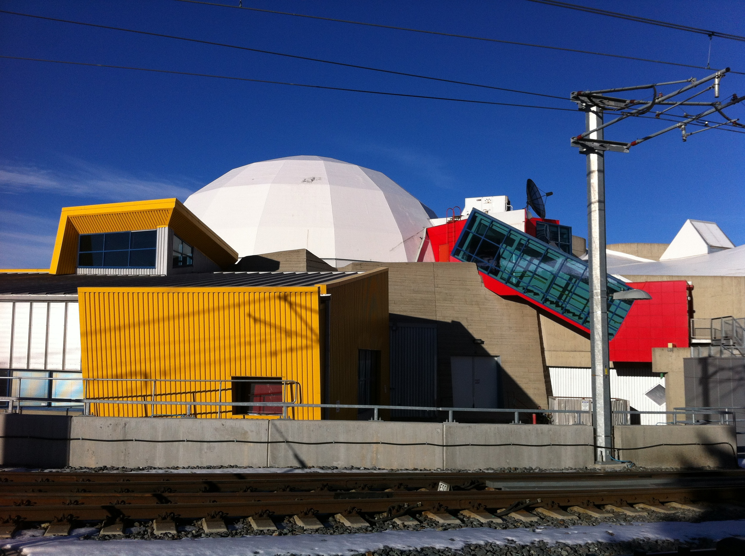 The old Science Centre looks like a modern work of art with its crayola colours and mix of angular and dome shapes.  It is like a mega cubist sculpture.