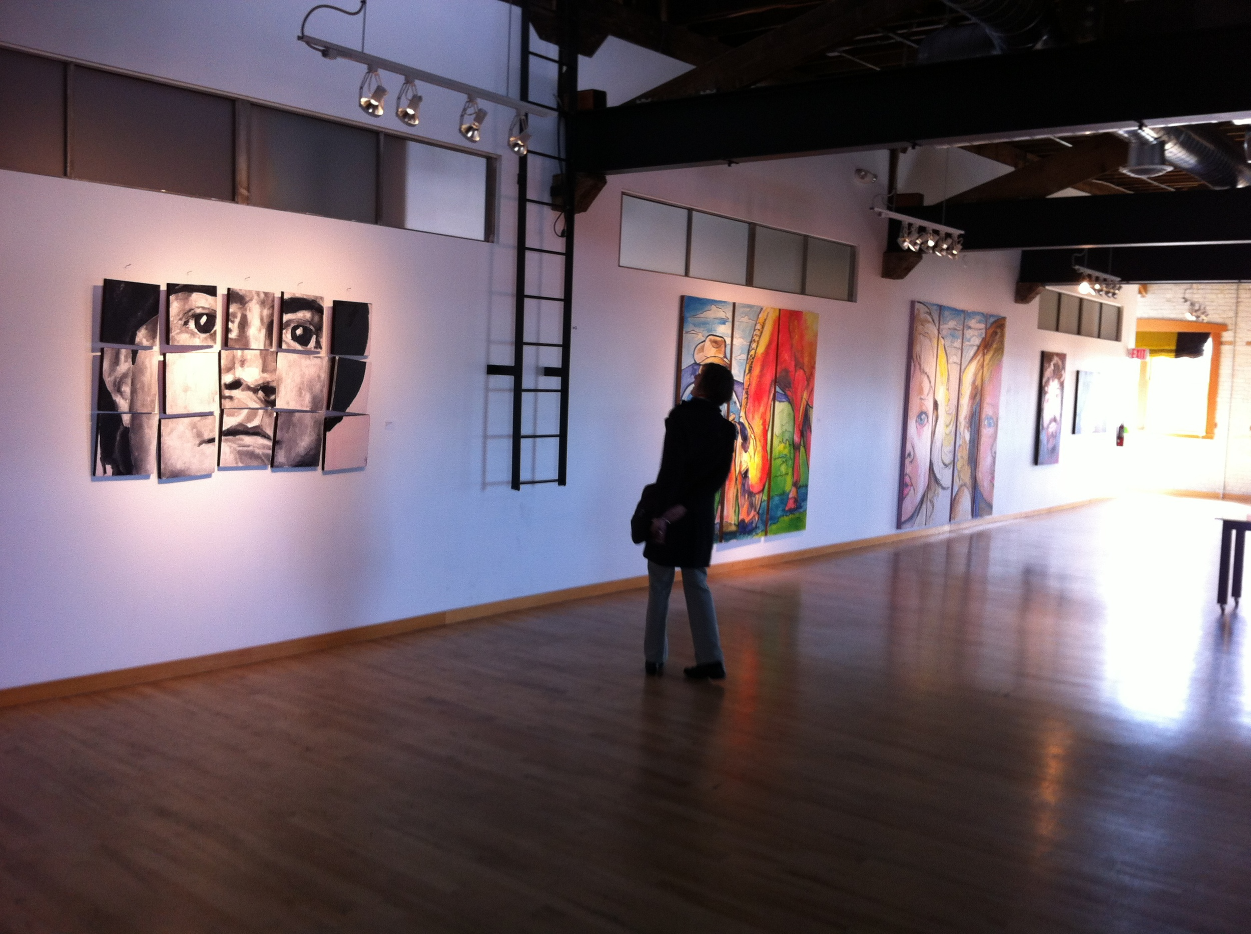 Found this second story art gallery in the Linen Building...a great surprise.