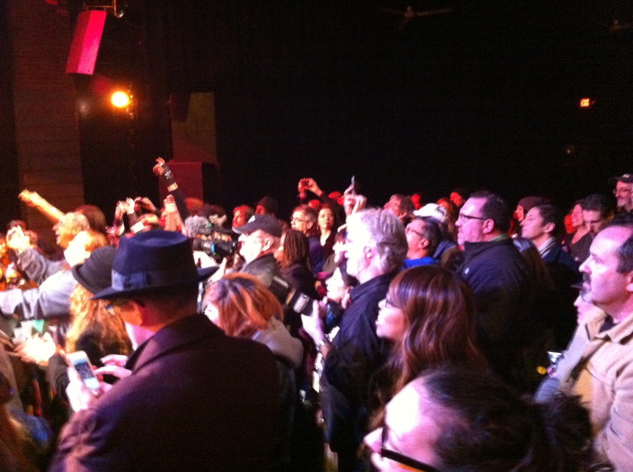 The crowd at the New Daisy Theatre are luvn the energy, music and comaraderie at the midnight jam.
